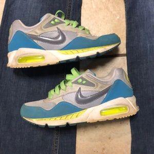 Women's sz 8 Nike Air Max lime teal gray